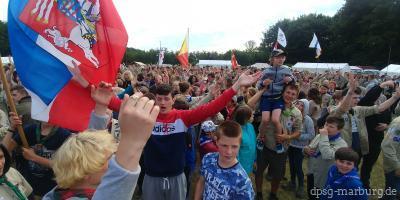 Pfadfinder- und Jungpfadfinderstufe beim Intercamp in den Niederlanden<br/>