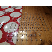 Unsere Rover beim Löten: Der LED-Cube nimmt Form an<br/>