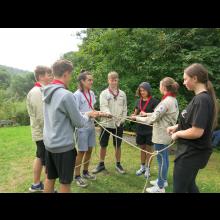 Sommerlager 2021 der Pfadis und Rover<br/>Team-Spiele mit Seil